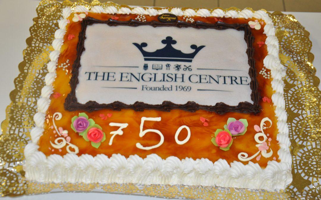 Celebramos el 75 cumpleaños de nuestra fundadora Mrs Linda Randell