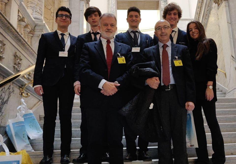 Semifinalistas I Torneo nacional de Debate Económico